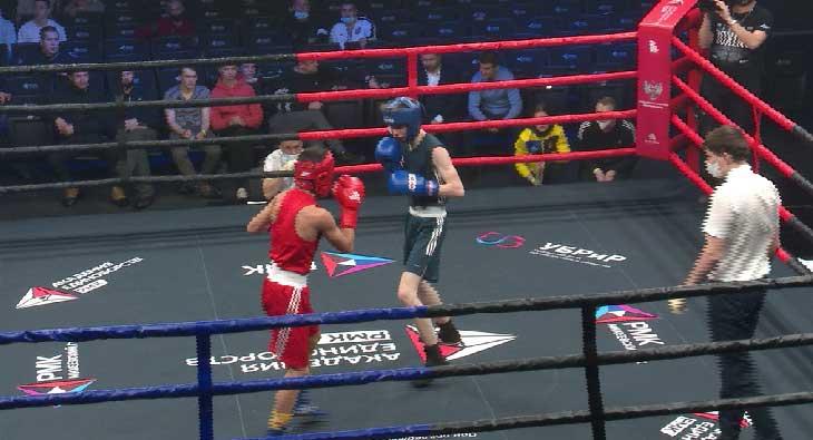 Соревнования по боксу завершились в Екатеринбурге