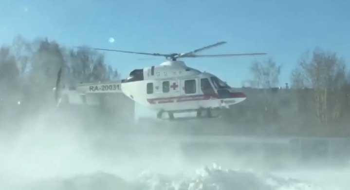 Из ЦГБ Берёзовского вертолётом транспортировали пациента