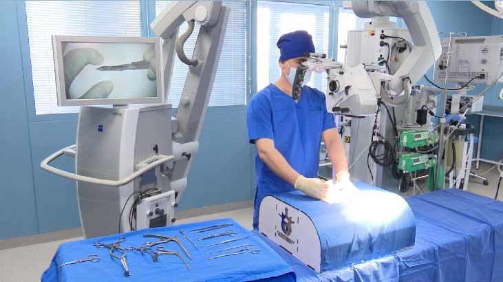 Симулятор для нейрохирургических операций на позвоночнике разработали уральские школьники