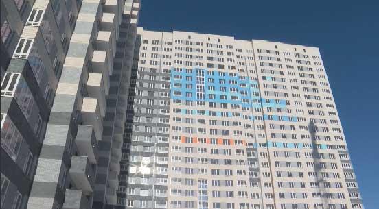В Екатеринбурге 159 сирот получили ключи от новых квартир