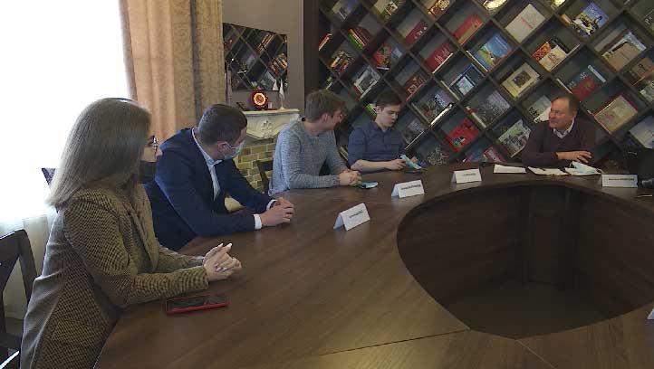 Депутатов Молодёжного парламента в Екатеринбурге выберут в онлайн-формате