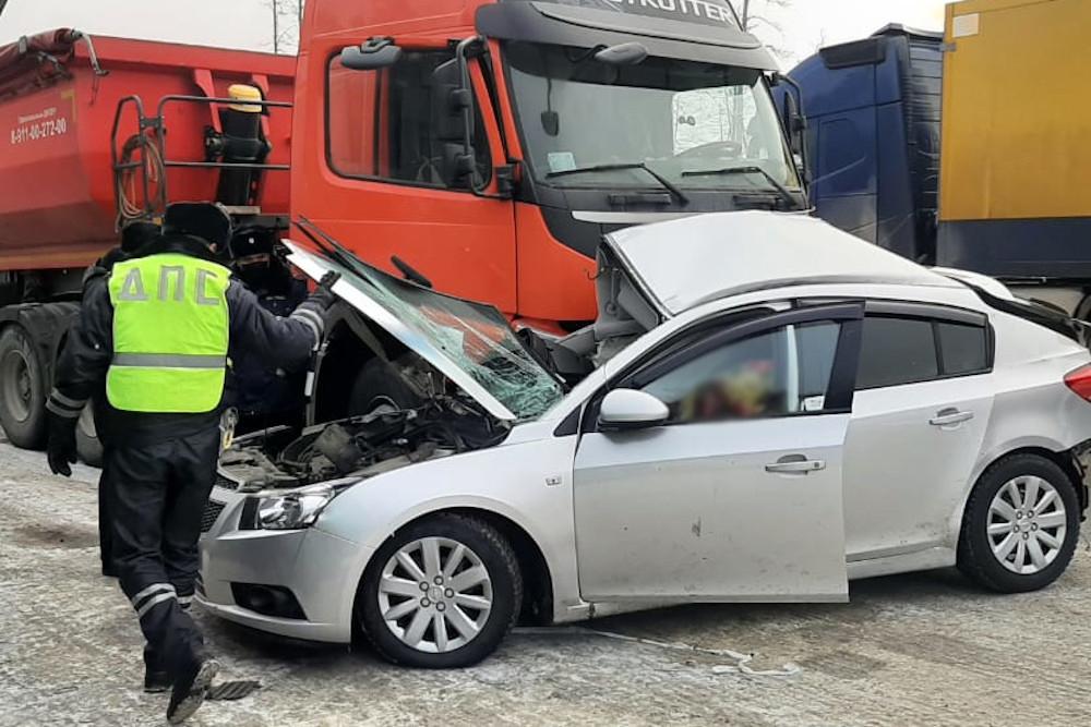 Молодая девушка-водитель погибла в ДТП