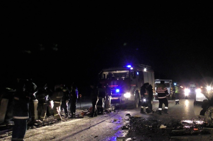 Накануне восемь человек погибли в серьезных ДТП