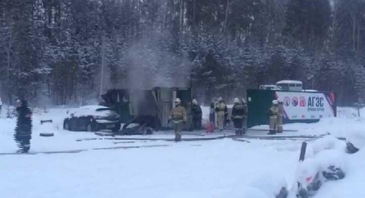 В Екатеринбурге на газовой заправке вспыхнул пожар