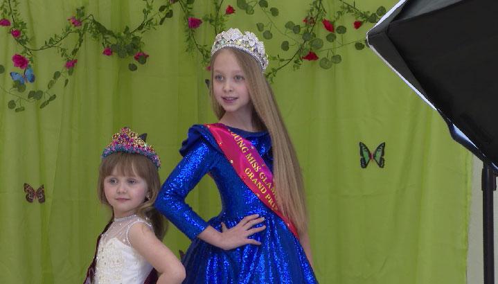 Екатеринбургские модели победили в конкурсе «Юная мисс и юный мистер Гламур»