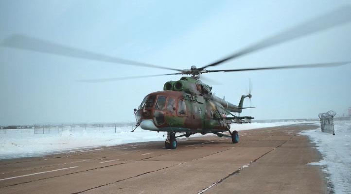 Лётчики отдельной авиационной эскадрильи прошли учения в сложных метеоусловиях