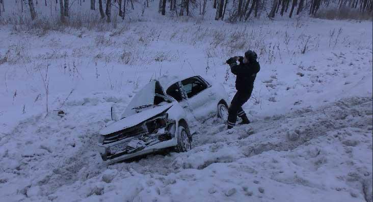 На трассе Пермь-Екатеринбург в ДТП пострадали четыре человека