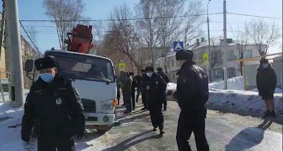 На Уралмаше активисты протестуют против строительства вышки сотовой связи