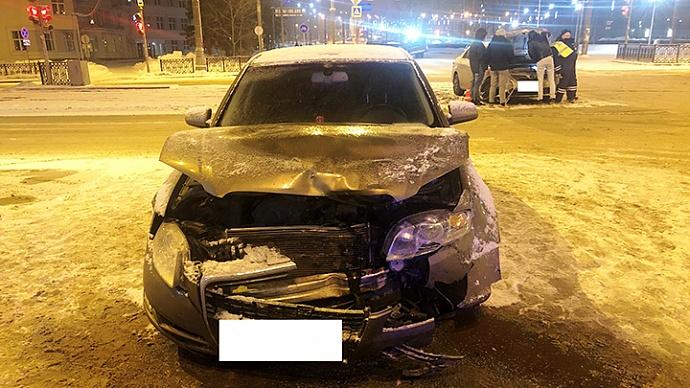 В Екатеринбурге в ДТП пострадала школьница