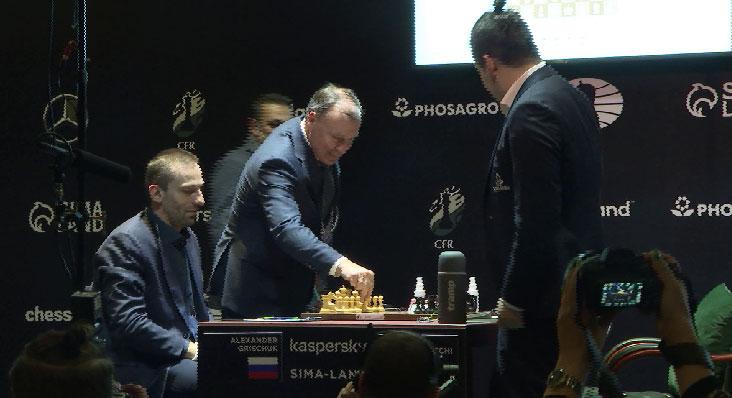 Ян Непомнящий досрочно выиграл турнир претендентов