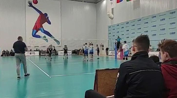 Сборная Свердловской области завоевала серебряные награды на первенстве по волейболу среди юношей