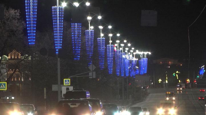 Улицы и здания Екатеринбурга окрасятся синим цветом