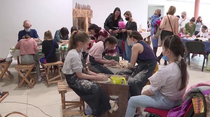 Участники со всей России съехались на фестиваль мастеров «Иван да Марья»