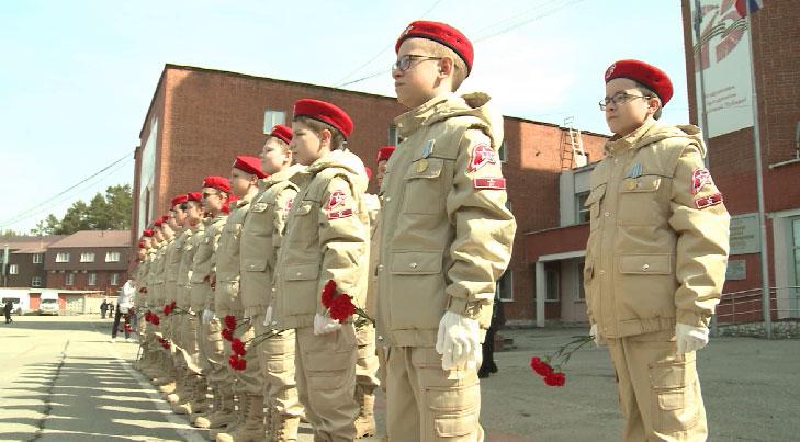 Память медиков, погибших во время пандемии, почтили в Екатеринбурге