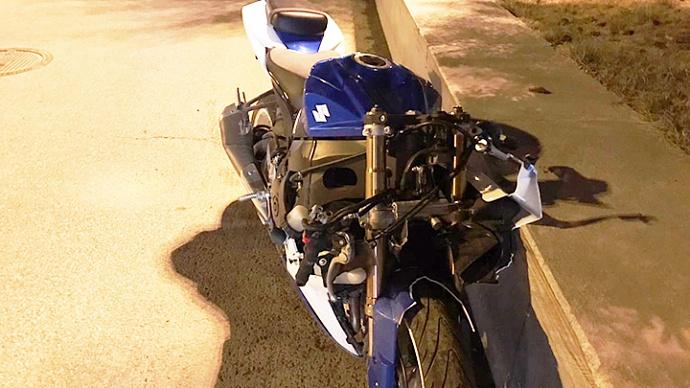 Мотоциклист получил перелом позвоночника в ДТП
