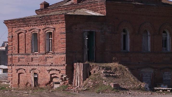 В селе Кисловском продают исторический двухэтажный особняк