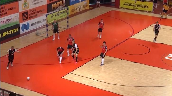 Мини-футбольный клуб «Синара» одержал победу над нижегородским «Торпедо»