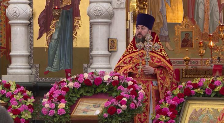 В День рождения Николая II в Храме-на-Крови прошла Божественная литургия