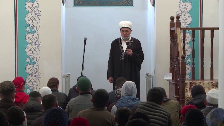 Ураза-байрам отмечают сегодня мусульмане