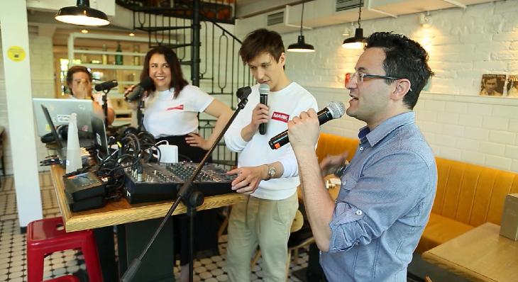 Выездной эфир провели ведущие радио-шоу «Утро на Маяке»