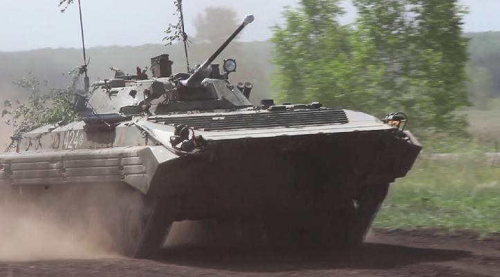 Экипажи БМП ЦВО завершили выполнение учебно-боевых задач конкурса «Суворовский натиск»