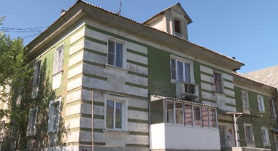 В Ревде разрушается фундамент многоквартирного дома