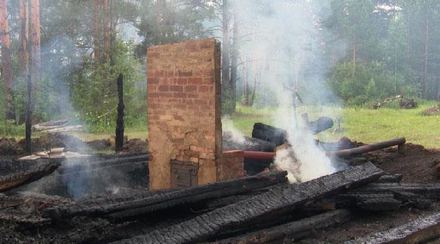 В Косулино продолжается борьба с лесным пожаром