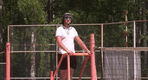 На Урале открыли сезон пляжного волейбола