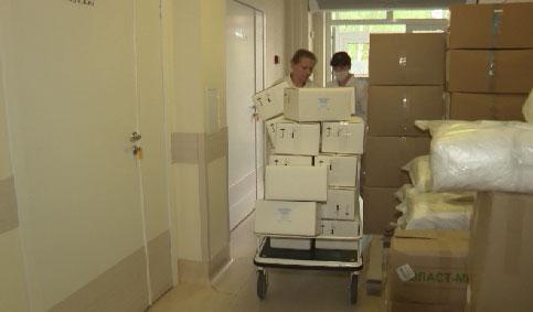В больницы региона направлено 500 тысяч защитных масок