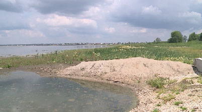 В поселке Щелкун обмелело озеро