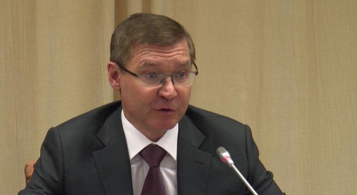 Владимир Якушев призвал регионы Урала лоббировать свои интересы в Госдуме и Совфеде