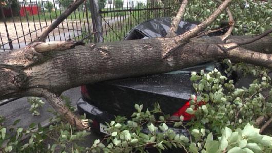 Грозная ночь: на Урале устраняют последствия урагана