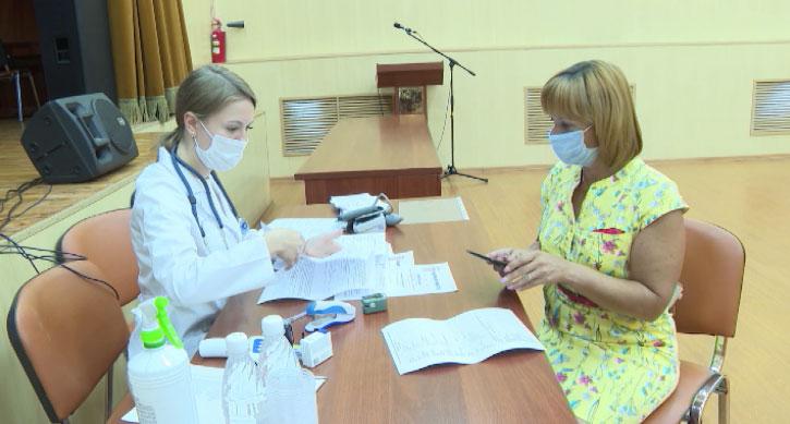 Вакцинацию от коронавируса проходят члены избирательных комиссий
