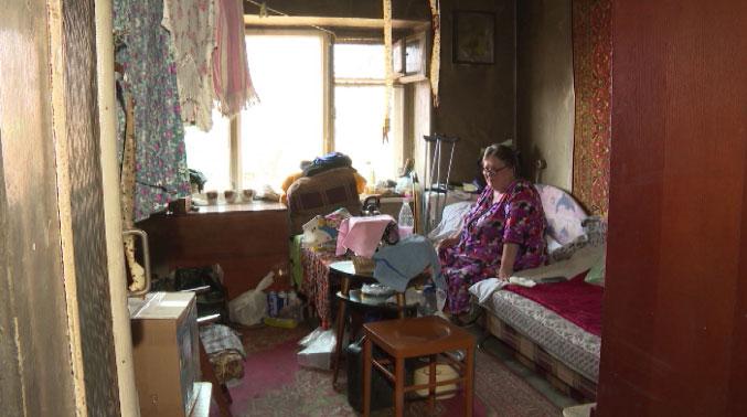 СК России проверит, почему женщину-инвалида не переселяют из сгоревшего барака
