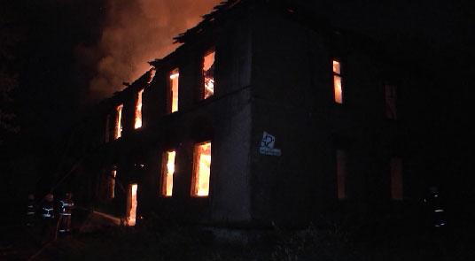 В выходные в Екатеринбурге сгорели два барака