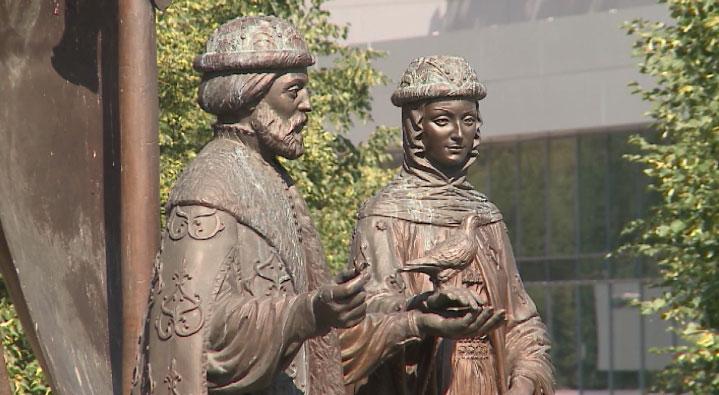 День любви, семьи и верности отмечают сегодня в России