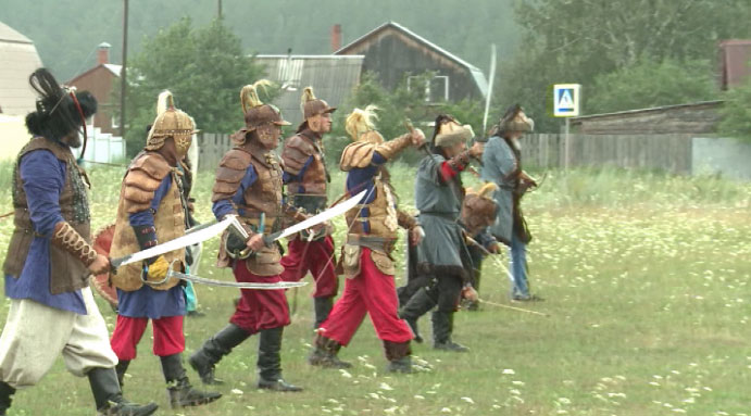 Атмосферу XVIII века воссоздали казаки на фестиваль «Белый Яр»