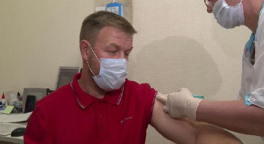 Мобильный пункт вакцинации от COVID-19 открылся в Орджоникидзевском районе