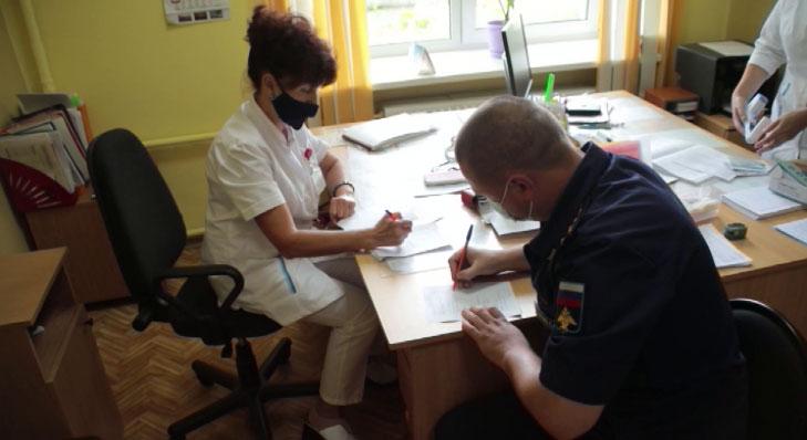 В ЦВО началась ревакцинация военнослужащих от COVID-19