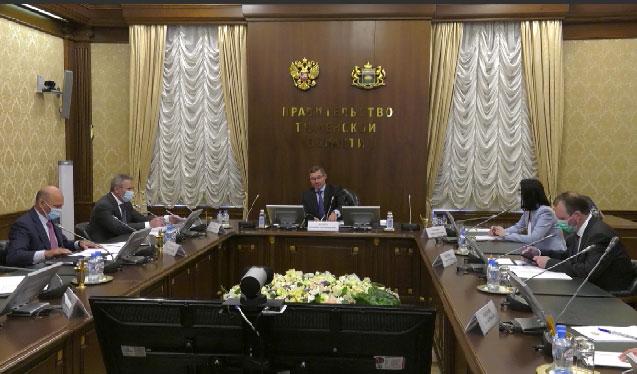 Владимир Якушев напомнил о соблюдении мер эпидбезопасности во время выборов