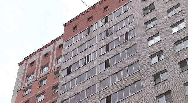 В Екатеринбурге из окна выпал 6-летний ребёнок