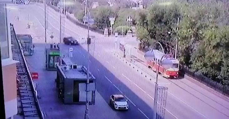 В Екатеринбурге в результате страшного ДТП пострадала женщина-пешеход