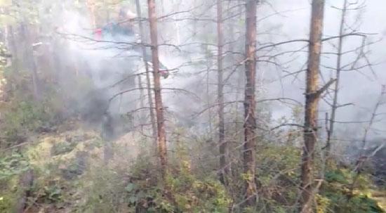 В районе Первоуральска продолжается тушение лесного пожара