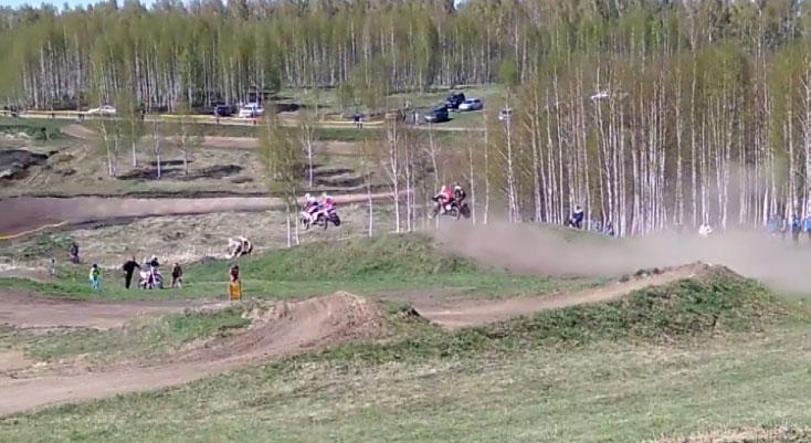На чемпионате страны по мотогонкам свердловчане заняли второе и третье места