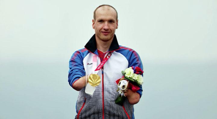 Михаил Асташов завоевал вторую золотую медаль на Паралимпиаде