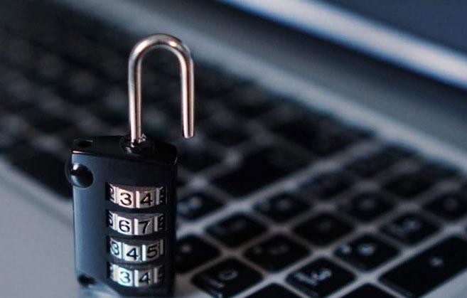 23% жителей Свердловской области сообщают свои рабочие пароли начальству