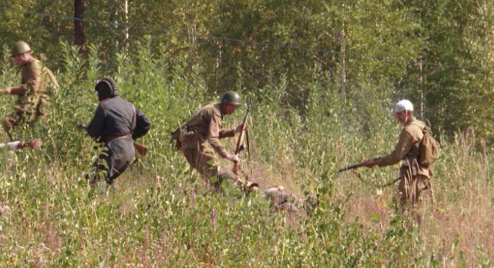 Реконструкцию одного из сражений ВОВ провели на горе Волчиха