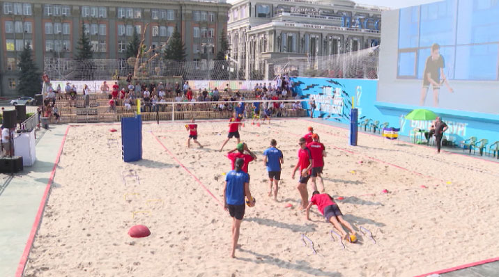 В Екатеринбурге запущены часы обратного отсчёта до страта ЧМ по волейболу