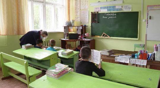 1 сентября в деревне Голендухино за парты сядут всего трое первоклассников