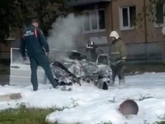 В Каменске-Уральском девушка не справилась с управлением и врезалась в столб
